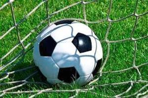 برتری نماینده آبیک در ادامه مسابقات لیگ برتر فوتبال قزوین